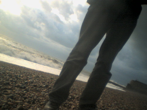 00067_richard_on_the_beach